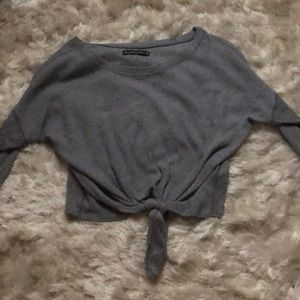 dark gray Abercrombie and Fitch long sleeve